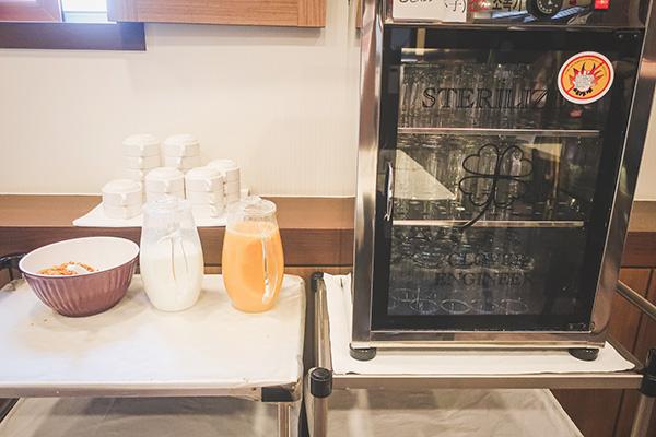 朝食場所と朝食4