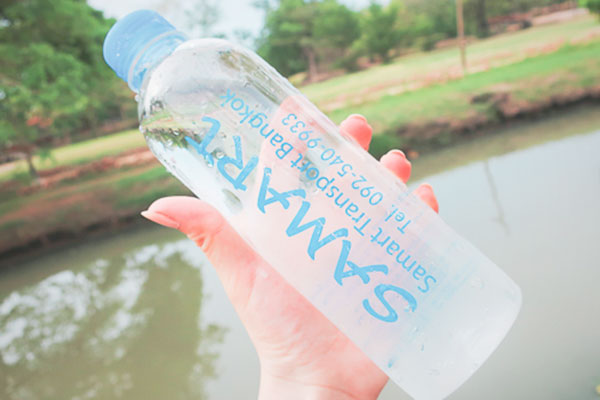 タイ現地ツアーお水