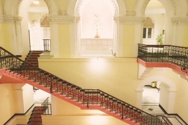 タージマハルホテル館内螺旋階段