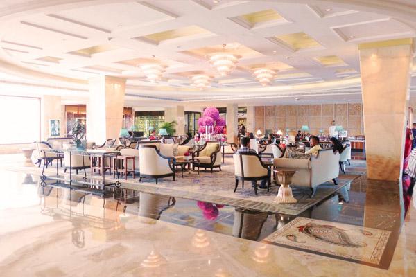 タージマハルホテルロビー