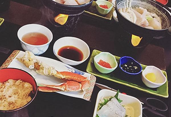 お昼ご飯④ 蟹とフグのお昼ごはん