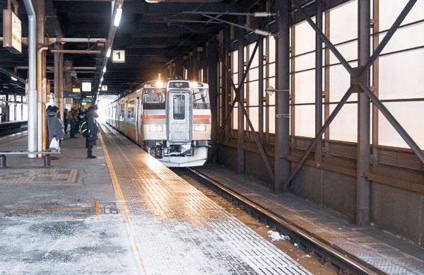 レトロな電車に乗って小樽へ