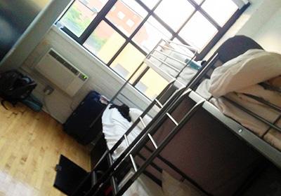 ホステルの部屋 女性専用4人1室