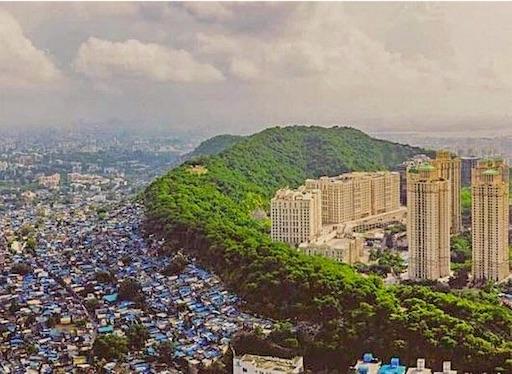 ムンバイ・ポワイ地区の貧富の差