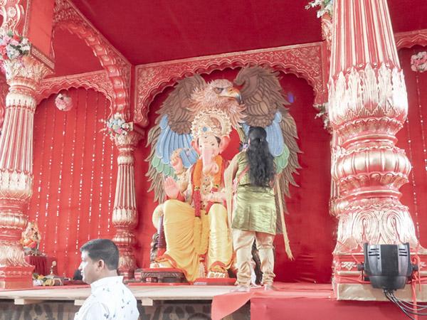 インドの祭ガネーシャ