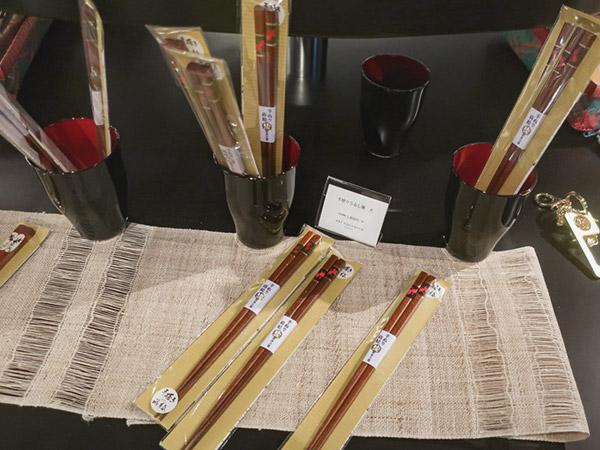 アートアクアリウム美術館金魚モチーフの食器土産箸