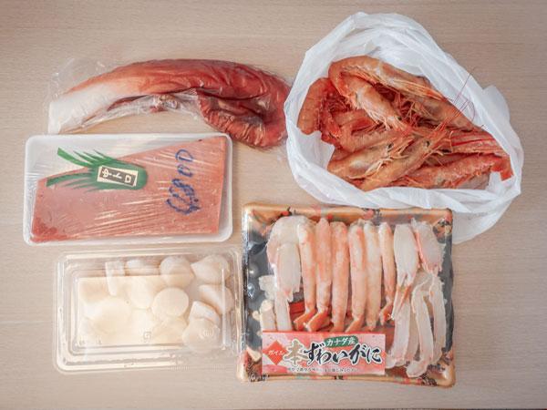 アメ横で買った蟹マグロタコ