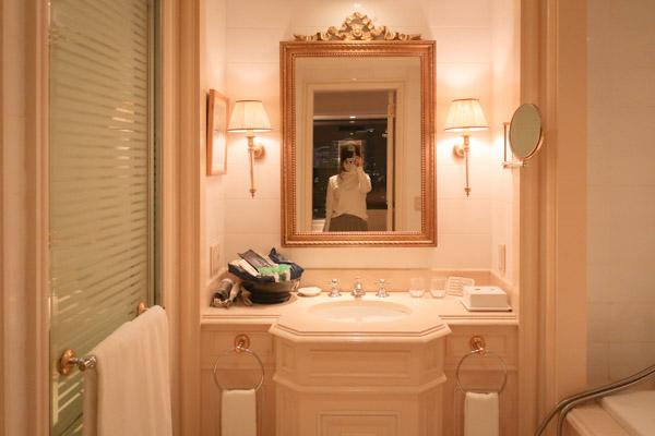 ホテルニューグランドプルミエスイートバスルーム