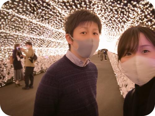 『東京メガイルミ』の江戸桜トンネル