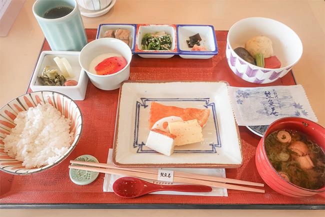 東京ドームホテル熊魚菴たん熊北店朝食