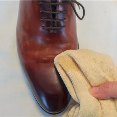 革靴汚れの落とし方2