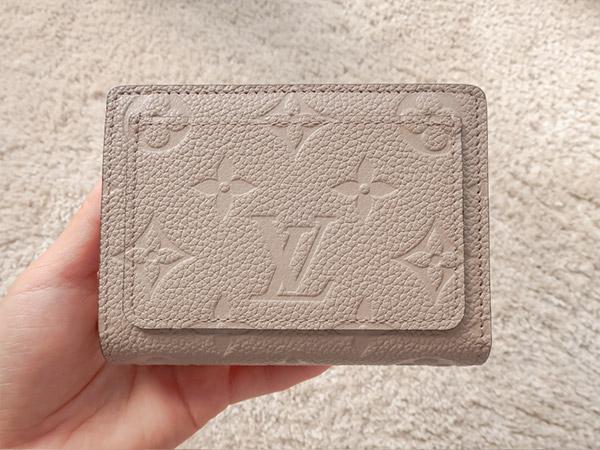 ポルトフォイユクレア財布表面